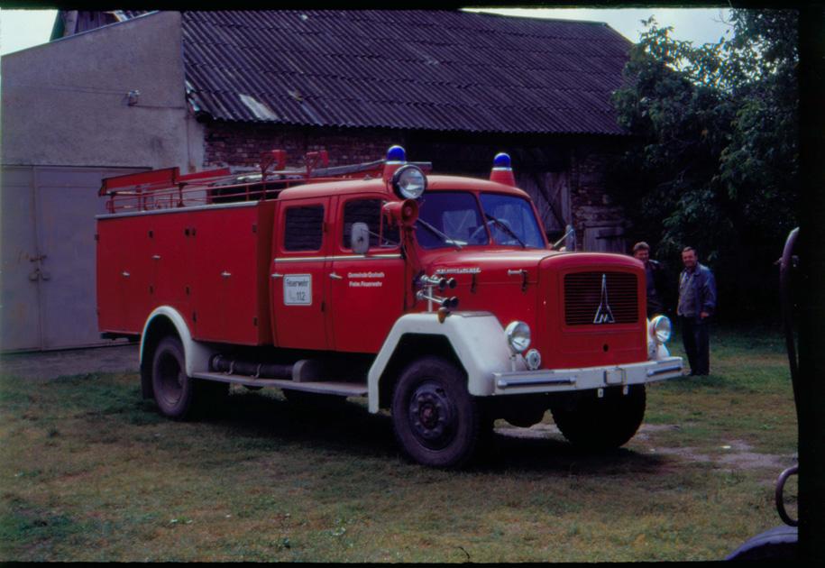 ....damit hat 1993 alles angefangen! Altes Feuerwehrauto aus Grafrath für Petrifeld